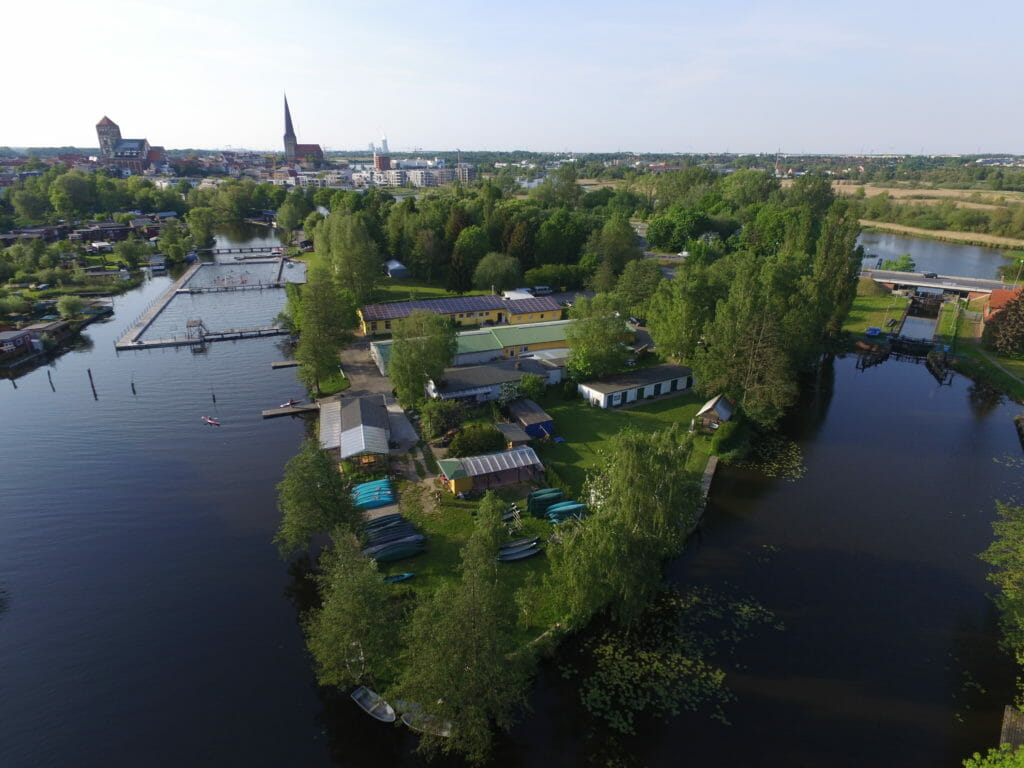 kanuverleih-lindstaedt-warnow-rostock-02.jpg